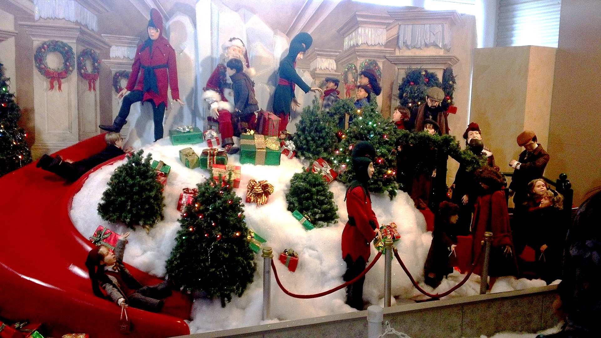 a christmas story comes home display
