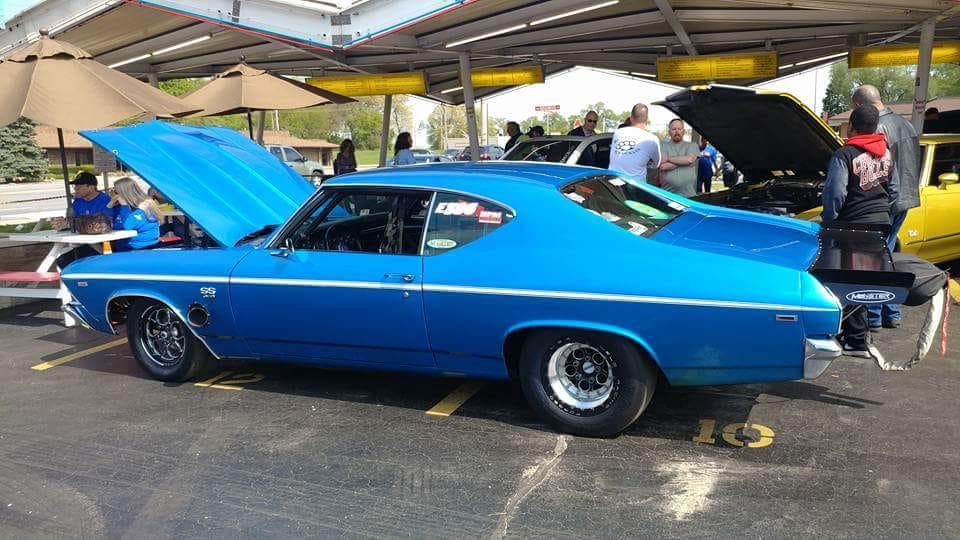 blue top swap meet highland indiana car parts hotrods streetrods musclecar