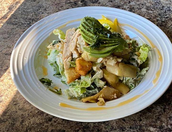 caesar avacado with chicken cafe 306 valparaiso indiana e1595279542128