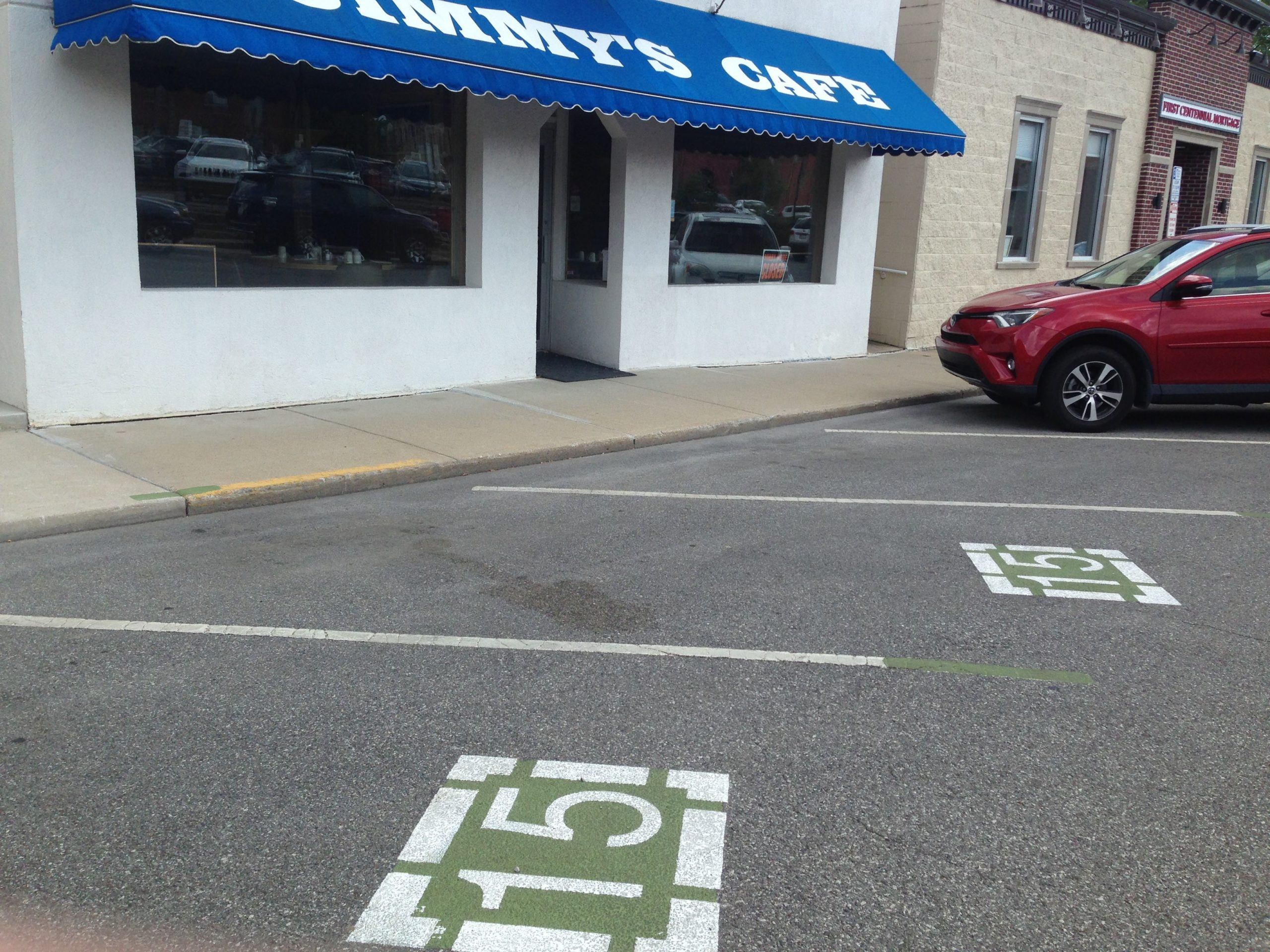 short term parking spaces downtown valparaiso restaurant pickup scaled