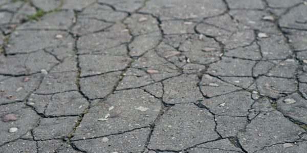 Reasons Why Your Asphalt Driveway Is Cracking
