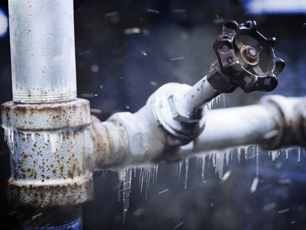 how to stop pipes from freezing during bitter cold
