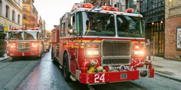 Ways That Fire Trucks and Fire Engines Differ