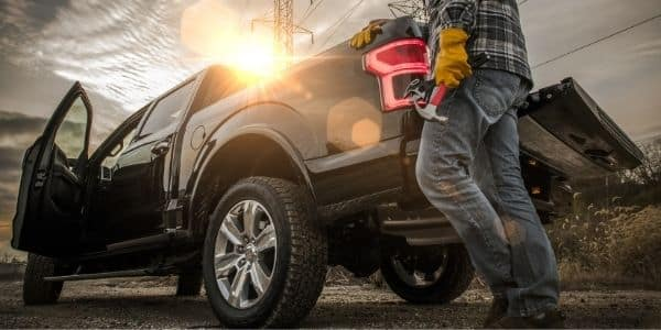 Top Signs That You Need To Buy a New Truck